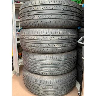 ダンロップ(DUNLOP)の4本価格 バリ溝 ダンロップ グラントレック PT3 235/55R19(タイヤ)