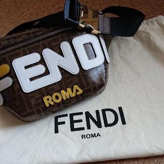 フェンディ(FENDI)の40%off  FENDI■メッセンジャーバッグ■極美品(メッセンジャーバッグ)