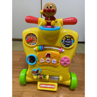 アンパンマン(アンパンマン)のあ様専用 アンパンマン 乗って押してへんしんウォーカー 美品(手押し車/カタカタ)