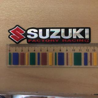 スズキ(スズキ)のスズキ SUZUKI ホログラム ステッカー ワゴンR ハスラー ジムニー 赤(車外アクセサリ)