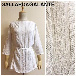 ガリャルダガランテ(GALLARDA GALANTE)のGALLARDAGALANTE コットン ドロストチュニックブラウス サイズF(チュニック)