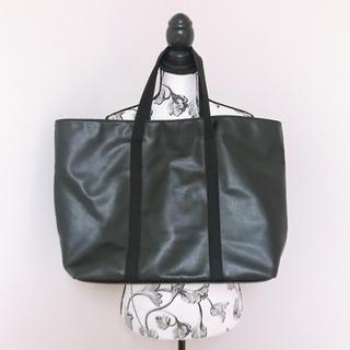 ザラ(ZARA)のZARAレザー風トートバッグブラック黒ビッグトート旅行合成皮革(トートバッグ)