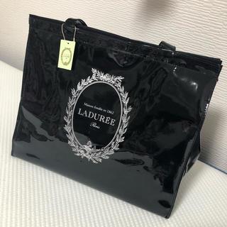ラデュレ(LADUREE)の【タグ付き新品未使用品】LADUREE ラデュレ 保冷バッグ クーラーバック(トートバッグ)