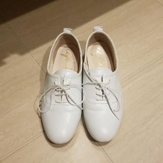 ディーホリック(dholic)のdholic 白レースアップシューズ(ローファー/革靴)
