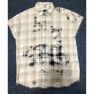 オフホワイト(OFF-WHITE)のELVIRA ノースリーブシャツ ブリーチ加工 カットオフ フリンジ チェック(シャツ)