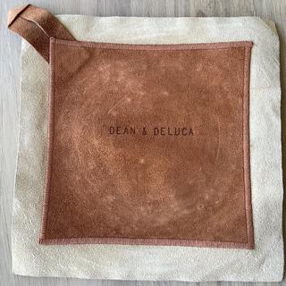 ディーンアンドデルーカ(DEAN & DELUCA)のDEAN&DELUCA ビッグマグカップ ブラックとレザー鍋つかみ(グラス/カップ)