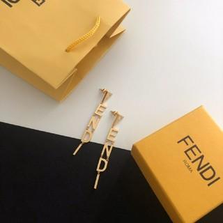フェンディ(FENDI)のFendi超人気のイヤリング耳环(ピアス)