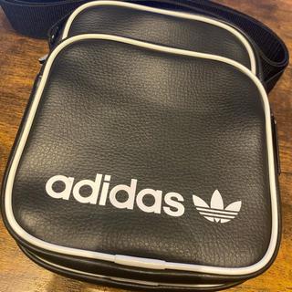 アディダス(adidas)のアディダス ボディバッグ サコッシュ(バッグ)