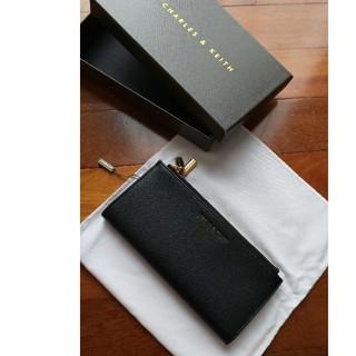 チャールズアンドキース(Charles and Keith)のロングウォレット 箱あり CHARLES&KEITH 長財布 レディース 美品(財布)