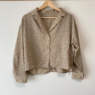 ミスティウーマン(mysty woman)のドットシャツ(シャツ/ブラウス(長袖/七分))