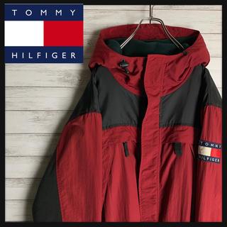 トミーヒルフィガー(TOMMY HILFIGER)の【入手困難】トミーヒルフィガー☆ワンポイントロゴ入りセーリングジャケット 美品(マウンテンパーカー)