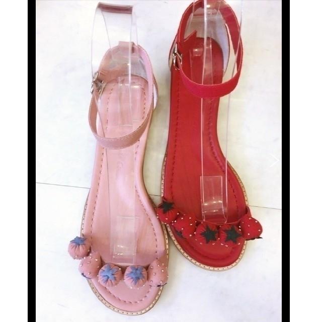 TSURU by Mariko Oikawa(ツルバイマリコオイカワ)の新品☆TSURU by Mariko Oikawaツルバイマリコオイカワサンダル レディースの靴/シューズ(サンダル)の商品写真