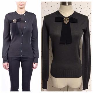 グッチ(Gucci)の本物 入手困難 美品 グッチ 装飾リボンブローチ付 ボウタイ 長袖ニットセーター(ニット/セーター)