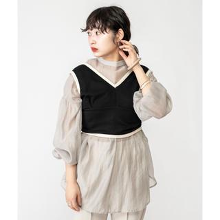 ミスティック(mystic)の新品未使用配色パイピングビスチェ(Tシャツ(半袖/袖なし))