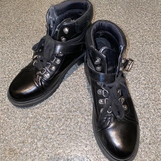 フォーエバートゥエンティーワン(FOREVER 21)のショートブーツ(ブーツ)