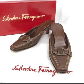 サルヴァトーレフェラガモ(Salvatore Ferragamo)のフェラガモ ヴァラ リボン ミュール レザー 約22.5cm(ハイヒール/パンプス)