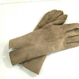 バーニーズニューヨーク(BARNEYS NEW YORK)のバーニーズ 手袋 レディース - ベージュ(手袋)