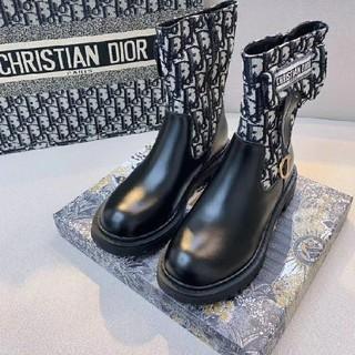 ディオール(Dior)のDIOR ブーツ (ブーツ)