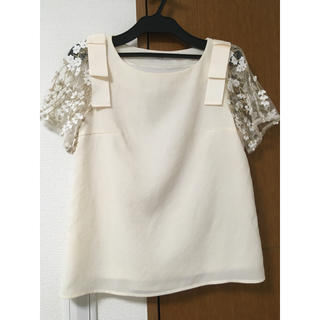 tocco - tocco 半袖刺繍トップス
