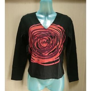 ギャップ(GAP)のVネック長袖Tシャツ ヴィンテージ風 黒×赤 ギャップ XS(Tシャツ(長袖/七分))