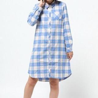 ウィゴー(WEGO)のWEGO ロングシャツワンピース ブルー(ひざ丈ワンピース)