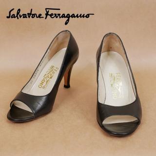 サルヴァトーレフェラガモ(Salvatore Ferragamo)のSalvatore Ferragamo フェラガモ 4D 黒 ハイヒール(ハイヒール/パンプス)