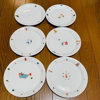 フェリシモ(FELISSIMO)の17日引っ越し断捨離です!フェリシモ童話ケーキ皿6枚セット 直径幅18.8cm(食器)