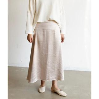 アンティローザ(Auntie Rosa)の完売品 ヴィンテージサテンフレアスカート(ロングスカート)