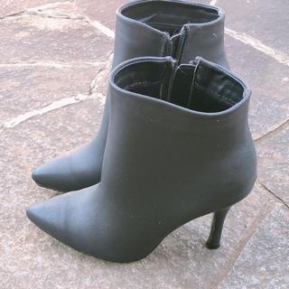 マウジー(moussy)のショートブーツ ブラック(ブーツ)