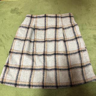 ミスティウーマン(mysty woman)のスカート(ひざ丈スカート)