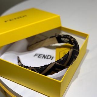 フェンディ(FENDI)のFENDIカチューシャ (カチューシャ)