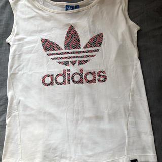アディダス(adidas)のadidasノースリーブTシャツ(カットソー(半袖/袖なし))