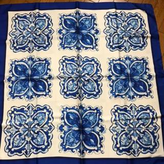 ドルチェアンドガッバーナ(DOLCE&GABBANA)のドルチェアンドガッバーナ シルクスカーフ新品未使用(バンダナ/スカーフ)