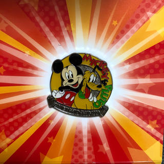 ミッキーマウス(ミッキーマウス)のディズニー ミッキー ピンバッチ(バッジ/ピンバッジ)