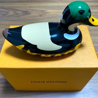 ルイヴィトン(LOUIS VUITTON)の🙂GI0521 カナール フィギュア ルイヴィトンNIGO 鴨 置物 領収書有(置物)