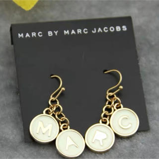 マークバイマークジェイコブス(MARC BY MARC JACOBS)の新品❤️MARC BY MARC JACOBS ピアス おまけ付き(ピアス)
