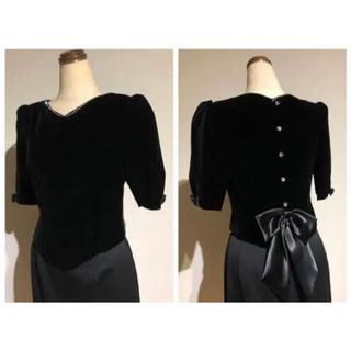 アメリヴィンテージ(Ameri VINTAGE)の【Vintage】atelier hirata ベロア×バックリボン ブラック(シャツ/ブラウス(半袖/袖なし))