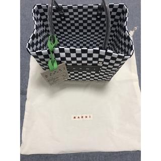マルニ(Marni)の[黒]  MARNI ピクニックバッグ トートバッグ(かごバッグ/ストローバッグ)