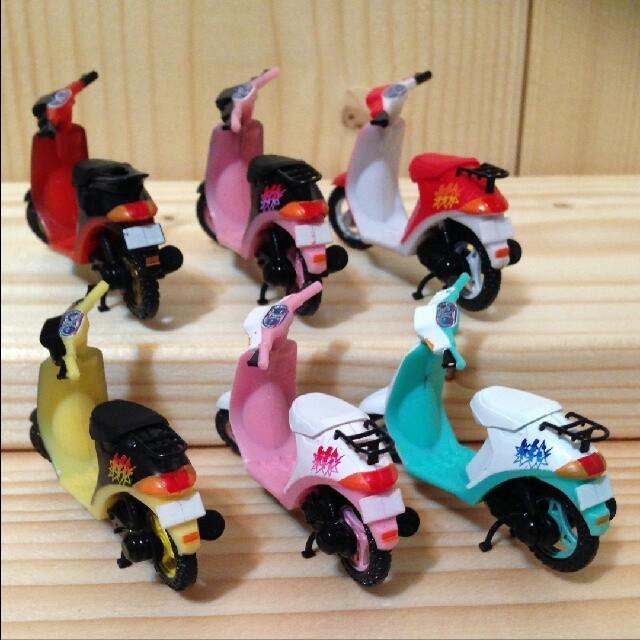 AOSHIMA(アオシマ)の原チャリ伝説1/32 SUZUKI Hi 全6種セット エンタメ/ホビーのおもちゃ/ぬいぐるみ(ミニカー)の商品写真