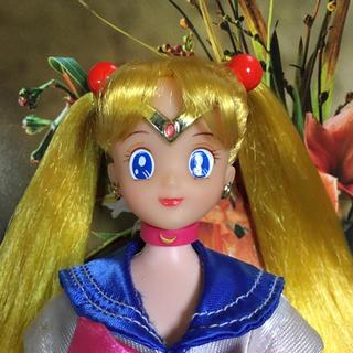 バンダイ(BANDAI)の希少 当時物 1993年 BANDAI セーラームーン 美品(人形)