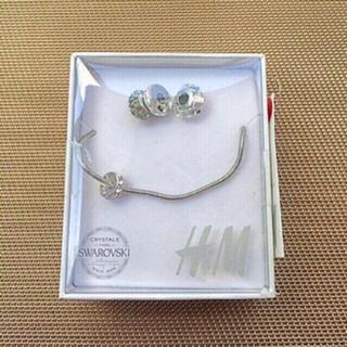 エイチアンドエム(H&M)の【新品】H&M×SWAROVSKI Bracelet with Crystals(ネックレス)