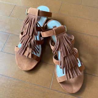 フォーエバートゥエンティーワン(FOREVER 21)のFOREVER21 サンダル フリンジ シューズ 靴(サンダル)