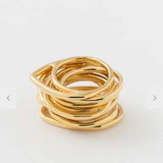 イオッセリアーニ(IOSSELLIANI)のイオッセリアーニ 8連ゴールドリング(リング(指輪))