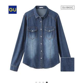 ジーユー(GU)のGU  デニムシャツ  美品(シャツ/ブラウス(半袖/袖なし))