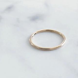 ココシュニック(COCOSHNIK)の美品 COCOSHNIK ココシュニック K10 プレーン ピンキーリング(リング(指輪))