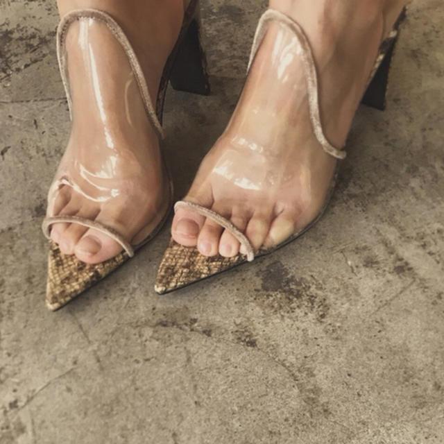 Ameri VINTAGE(アメリヴィンテージ)のAmeri vintage MEDIクリアサンダル レディースの靴/シューズ(サンダル)の商品写真