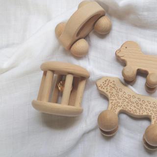 《鈴のガラガラ》木のおもちゃ 木製 木の玩具 ガラガラ 歯固め