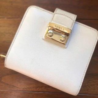 フルラ(Furla)のフルラ 二つ折財布 ホワイト(折り財布)
