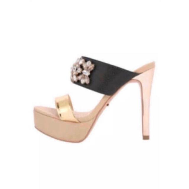 Rady(レディー)のRady ベルト ビジュー ヒール サンダル  レディースの靴/シューズ(サンダル)の商品写真