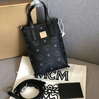 エムシーエム(MCM)のMCM新品Essentialショルダーバッグ(ショルダーバッグ)